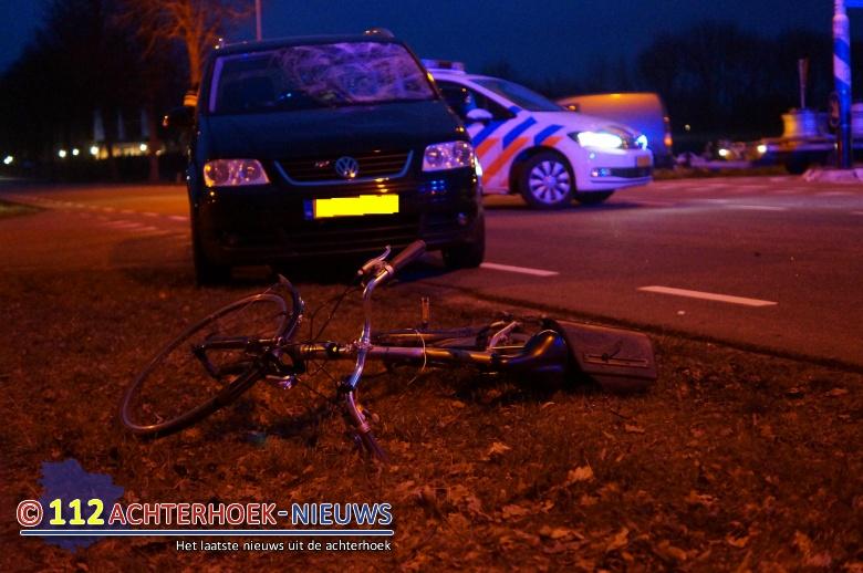 Fietser gewond na aanrijding in Lievelde.
