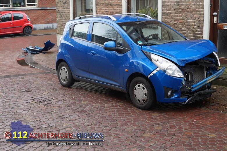Flinke schade bij ongeval in centrum Zeddam.