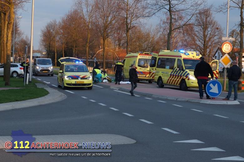 Fietsster zwaargewonde bij aanrijding in Winterswijk.