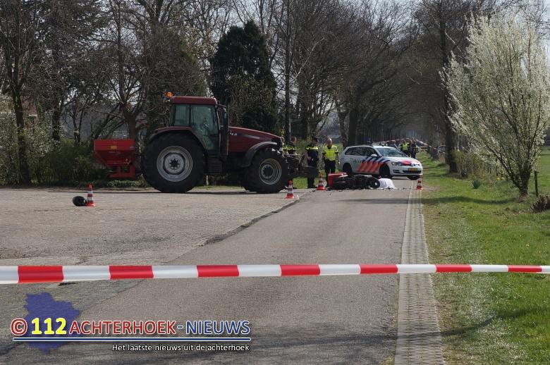Scooterrijdster overleden bij ongeval met tractor in Eibergen.
