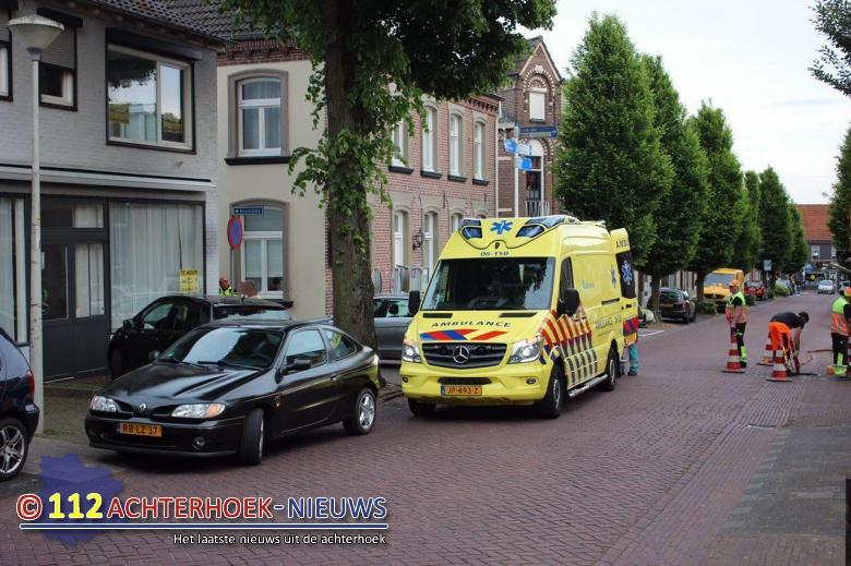 17 jarige scooterrijder gewond na ongeval in s-Heerenberg.
