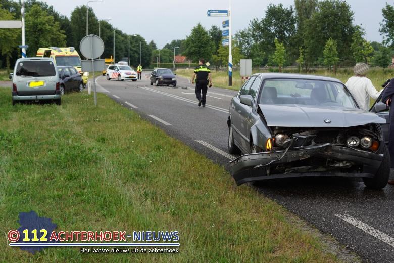 Voorrangsfout leidt tot ongeval Rondweg N319 in Groenlo.