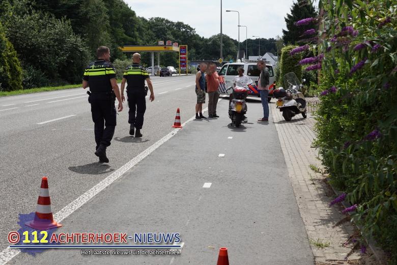 Scooterrijder in botsing met fietser in Aalten.