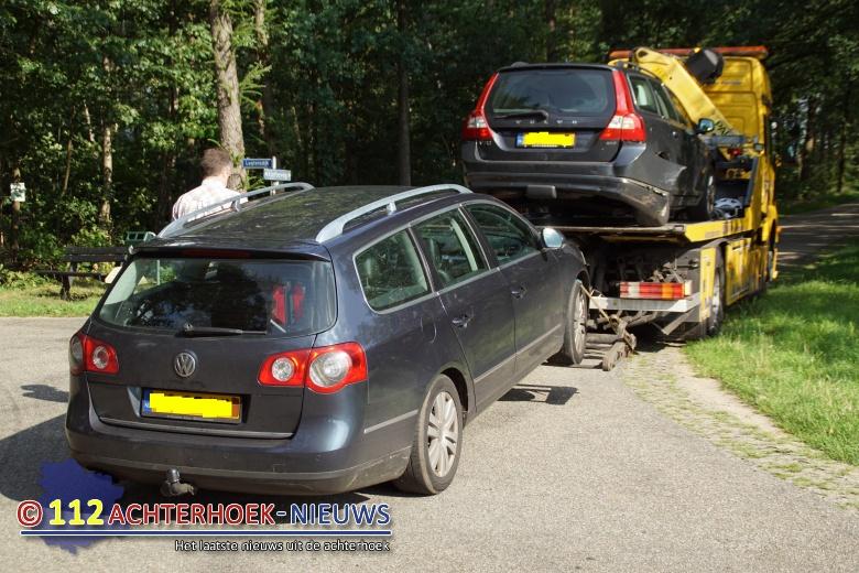 Blikschade bij ongeluk in buitengebied van Aalten.