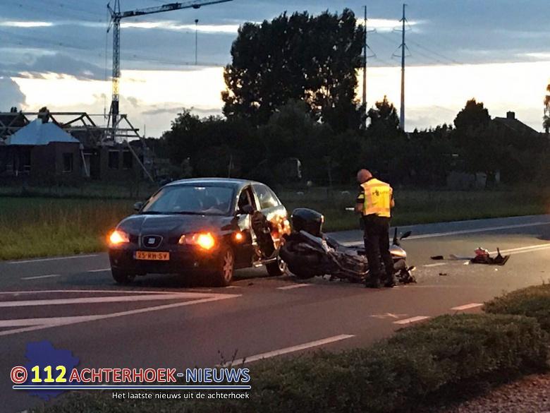 Motorrijders gewond na botsing in Etten.