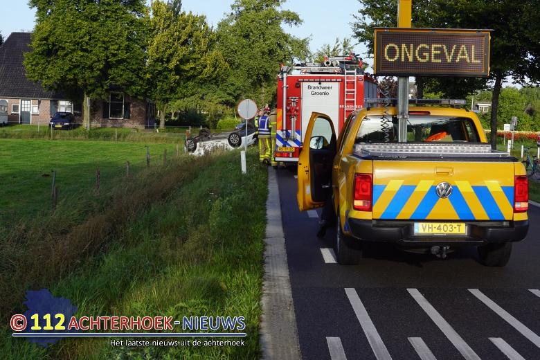 Autos komen met elkaar in botsing door voorrangsfout Lichtenvoorde.