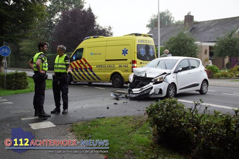 Voorrangsfout leidt tot ongeval met twee gewonden in Vorden.