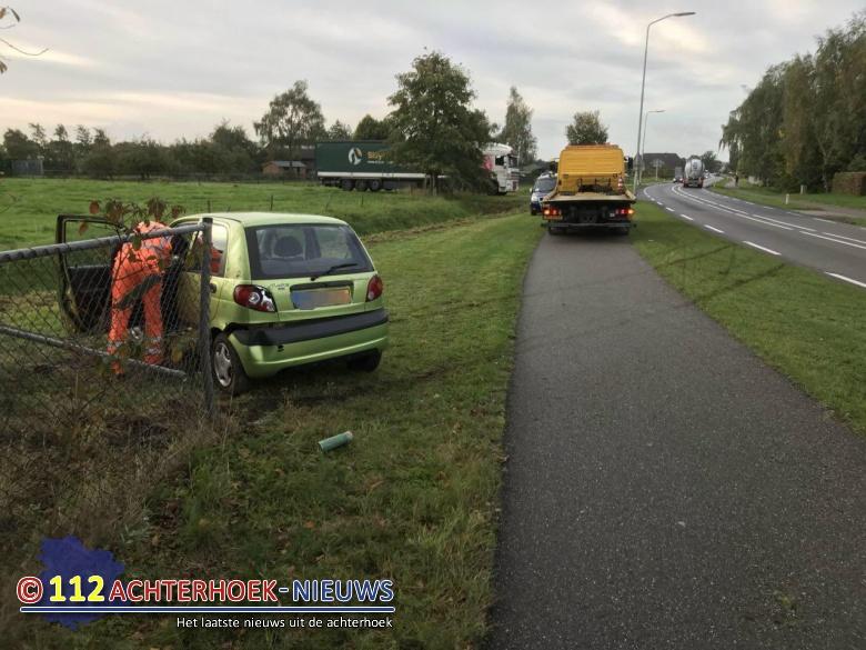 Bestuurster met de schrik vrij bij ongeval op de N316 Wijnbergen.