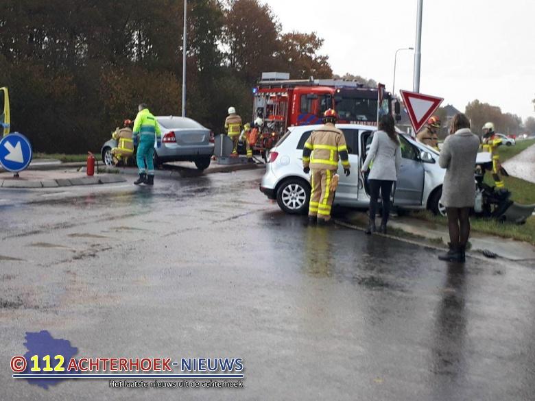 Twee gewonden bij aanrijding Breedenbroek.