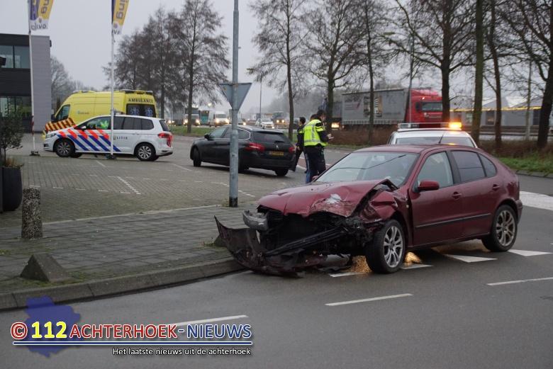 Ongeluk na rijden door rood licht Twenteroute N18 Marhulzenweg Groenlo.