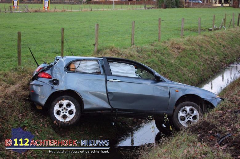 Bijrijder gewond na eenzijdig ongeval Doetinchem.