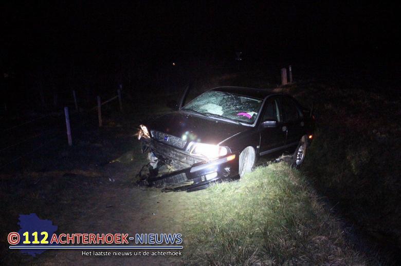 Bestuurder gewond na eenzijdig ongeluk Barlhammerweg in Doetinchem.
