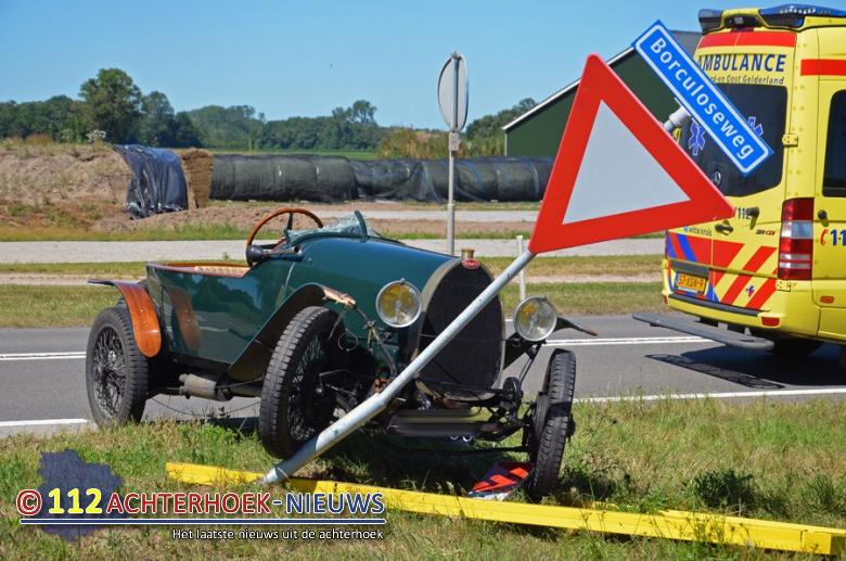 Jongen uit auto geslingerd bij ongeluk Borculoseweg in Ruurlo.