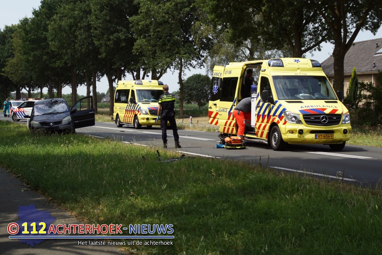 Fietser zwaargewond na aanrijding met auto in Didam.