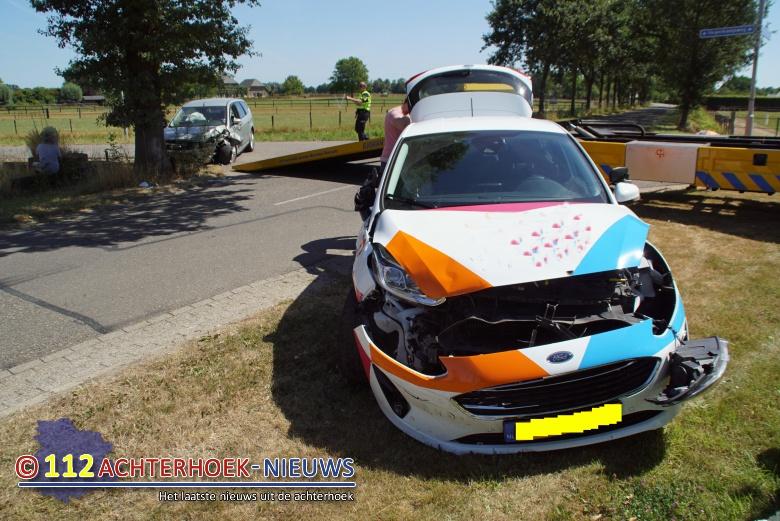 Vrouw raakt gewond bij aanrijding in Hengelo.