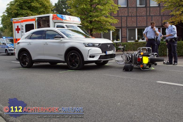 Motorrijder uit nederland raakt gewond bij ongeval in Zwillbrock.