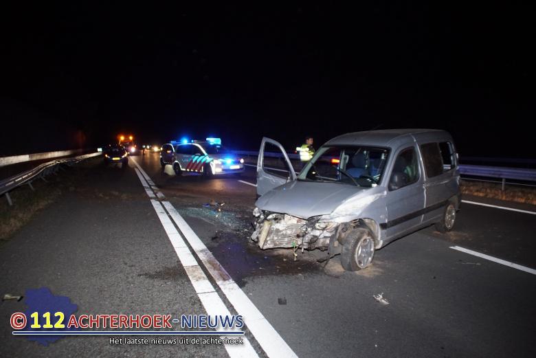Bestuurder raakt gewond bij eenzijdig ongeval op de A18 in Doetinchem.