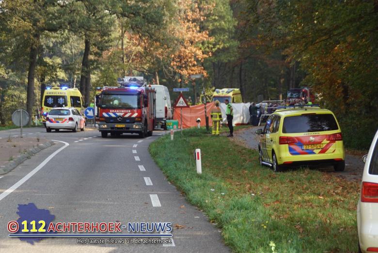 Fietser overleden na aanrijding met bestelbus in Vorden.