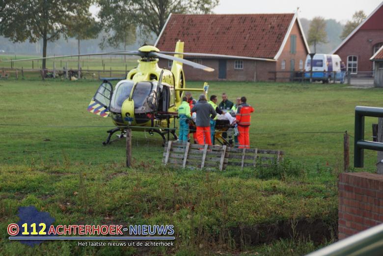 Man ernstig gewond geraakt bij bedrijfsongeval in Miste.